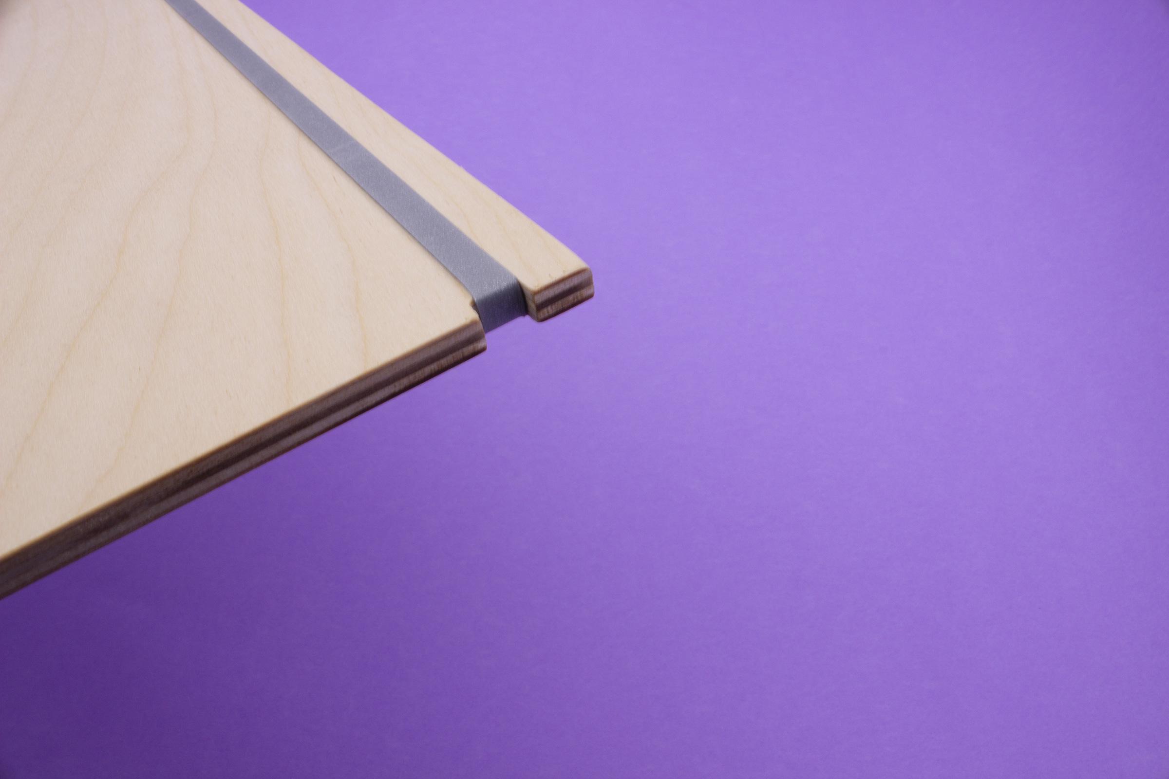 elastico-silver-sfondo-viola